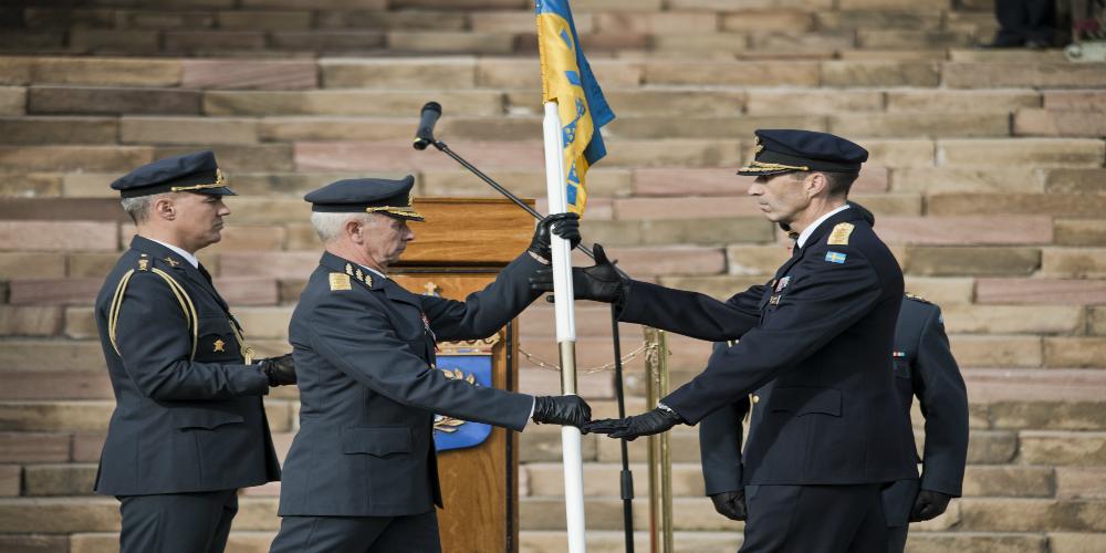 Micael Bydén takes over as Sweden's Supreme Commander